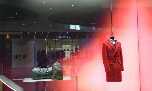 一边撤店一边扩店!优衣库韩国最大门店下月关闭,中国市场却逆势扩张
